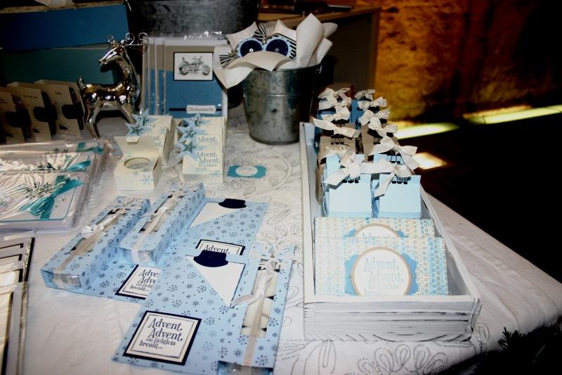 Peek-a-boo-Boxen, Teelichkarten und Hübsches in blau