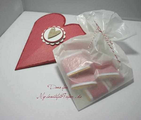 Herzverpackung mit Füllung