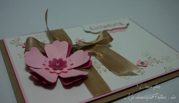 Einladung mit Blume
