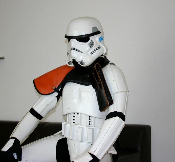 Stormtrooper auf dem Sofa