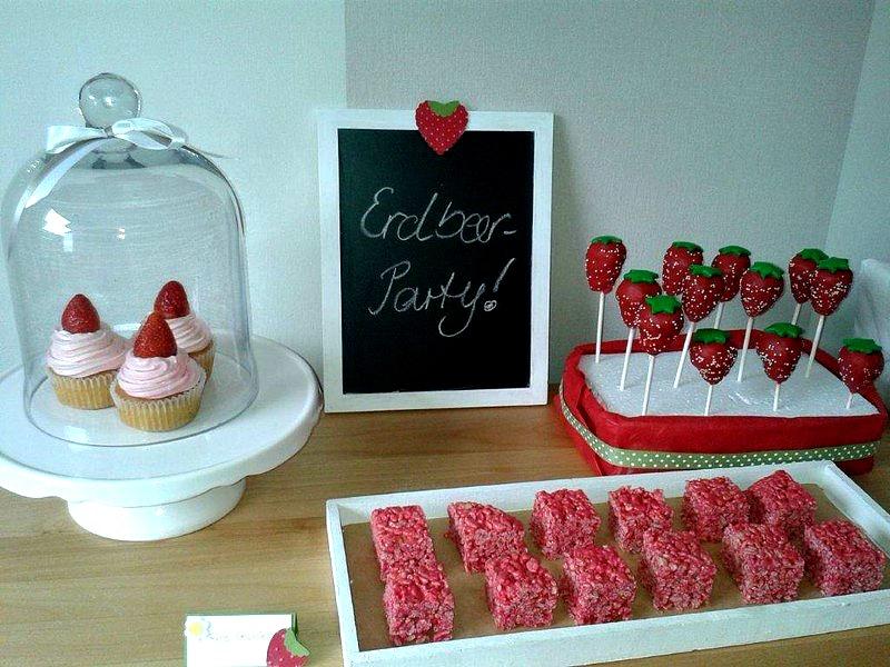 Erdbeer-CakePops